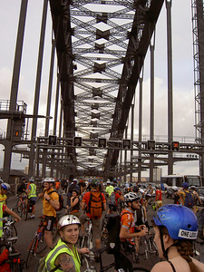 Critical Mass crossing the Harbour Bridge at the end of November 2007